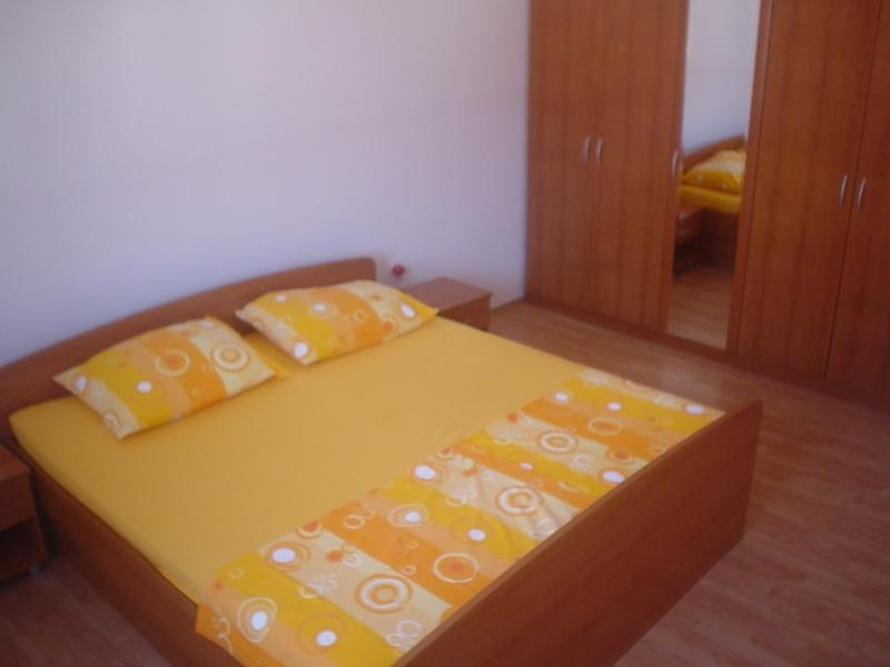 Bedroom - Apartman for 7 people in Biograd, Croatia. - Biograd - rentals