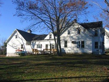Surry Village Farmhouse - Image 1 - Surry - rentals