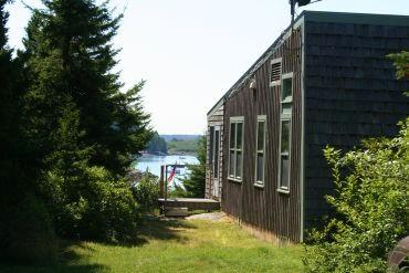 Thompson Cottage - Image 1 - Stonington - rentals