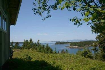 Weiss Upper Cottage - Image 1 - Little Deer Isle - rentals