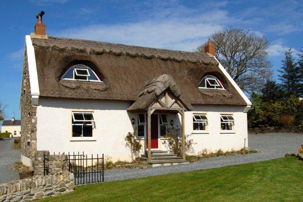The Thatch - Image 1 - Ramelton - rentals