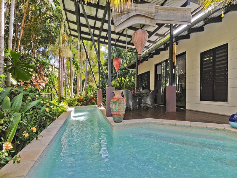 Escape Villas #1 - Image 1 - Port Douglas - rentals