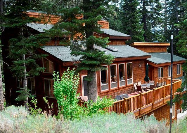 Beautiful, spacious home - Alpine Meadows Big Mountain Home - Views & Hot Tub Vacation Rental - Lake Tahoe - rentals