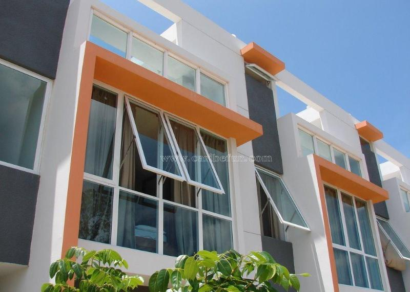 Camino del Mar, Combate Beach - Walk to the Beach Townhome AC, Sat, Wifi included! - Cabo Rojo - rentals