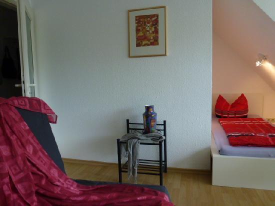 Vacation Apartment in Freiburg im Breisgau - 280 sqft, modern, comfortable, warm (# 2701) #2701 - Vacation Apartment in Freiburg im Breisgau - 280 sqft, modern, comfortable, warm (# 2701) - Freiburg im Breisgau - rentals