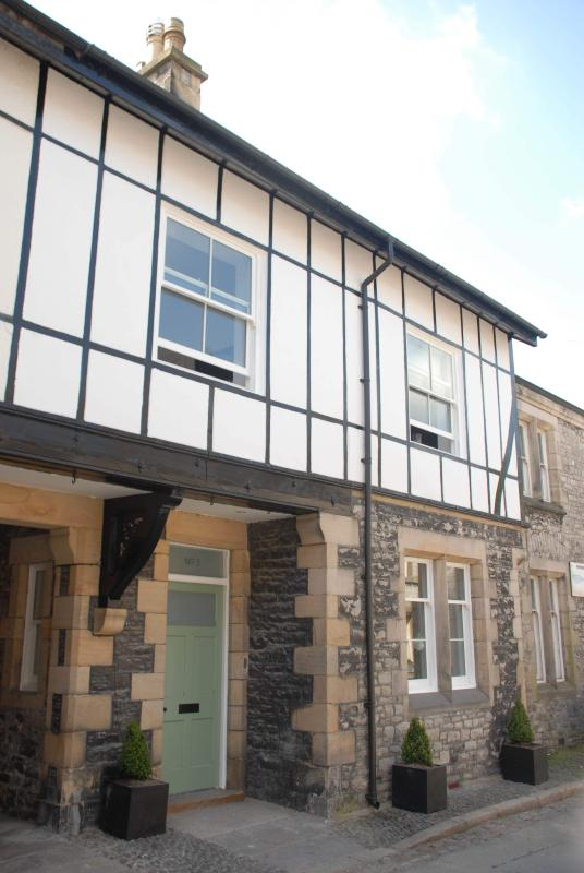 No 3 Horse Market - 3 Horse Market - Luxury and contemporary Lake District Holiday Cottage - Kirkby Lonsdale - rentals