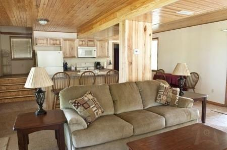 The Country Haven Lodge - Image 1 - Macks Creek - rentals