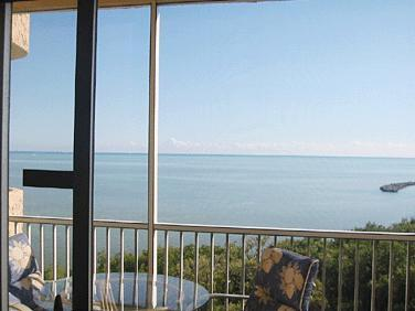 view from inside 6th floor - Islamorada 2-bedroom Condo - Islamorada - rentals