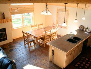 4 Bedroom All Season Vacation Cabin in Crivitz, WI - Image 1 - Crivitz - rentals