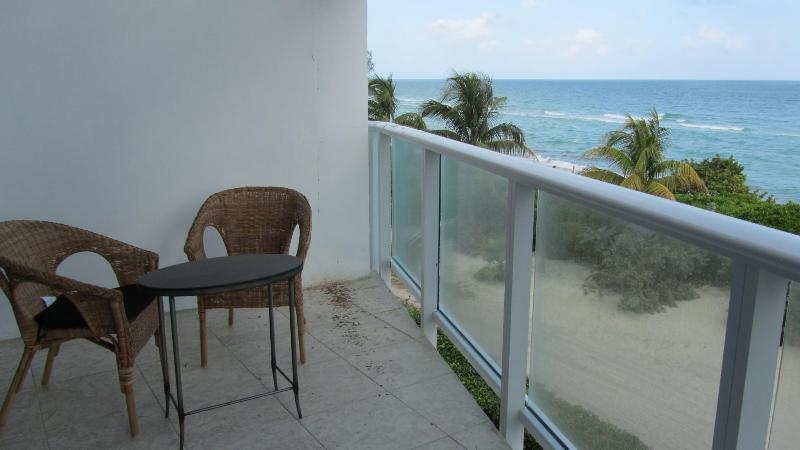 Amazing 2 Bedrooms Oceanview (sleep 8) W/ Parking - Image 1 - Miami Beach - rentals