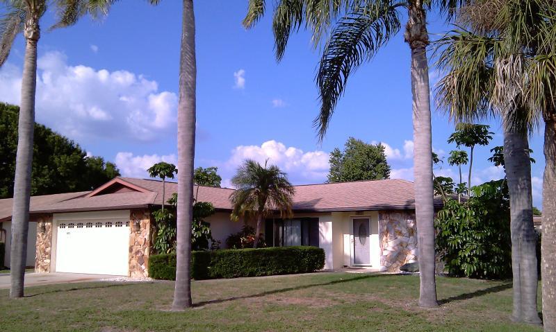 The Ideal Vacation Home In Sarasota Florida - Image 1 - Sarasota - rentals