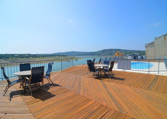 Recently Remodeled 3-bedroom Condo w/ Private Boat Slip and Spectacular Views - Image 1 - Spicewood - rentals