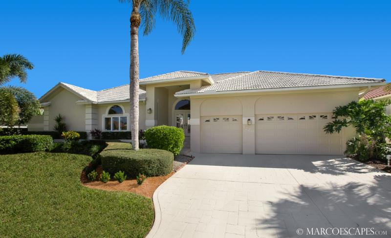 MARLIN COURT - Desirable South Exposure, Walk to the Beach! - Image 1 - Marco Island - rentals