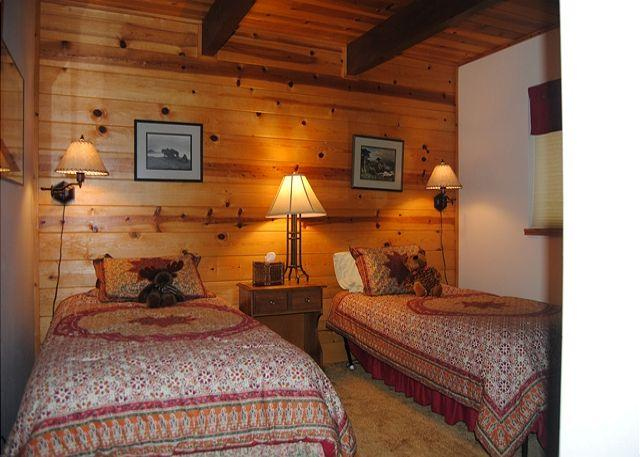 Downstairs Bedroom - Affordable Mountain Home Vacation - Arnold - rentals