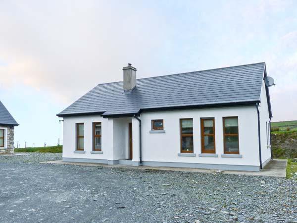 DEVLIN APARTMENT, ground floor apartment, with two double bedrooms, wet room, and multi-fuel stove, Ref 12180 - Image 1 - Louisburgh - rentals