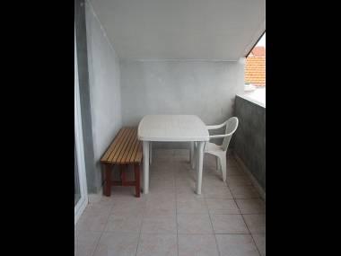 A1 potkrovlje(4+1): terrace - 5491 A1 potkrovlje(4+1) - Sali - Sali - rentals