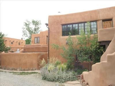 Elegant Adobe Casita- Walk to Plaza, Art District! - Image 1 - Santa Fe - rentals