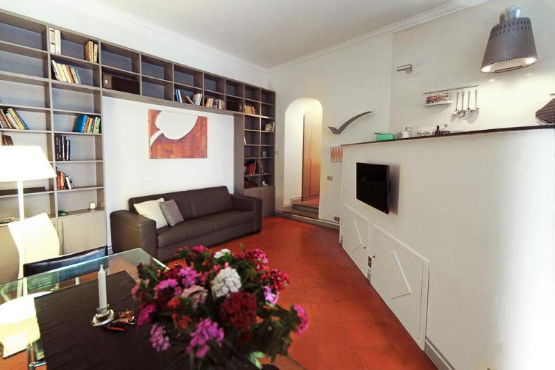 Living - Unique Apt. Surrounded by the Forums! (Massenzio) - Rome - rentals