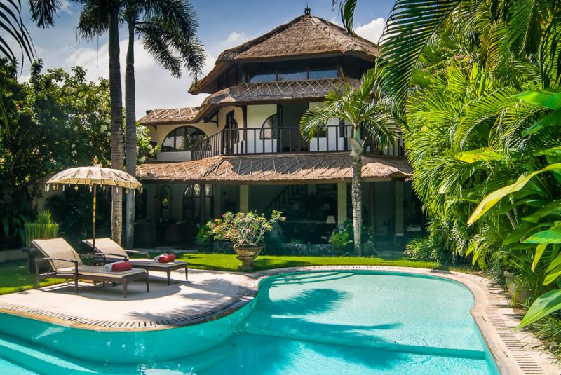 VILLA MATA HARI - PRIVATE, SPACIOUS & CENTRAL - Image 1 - Bali - rentals