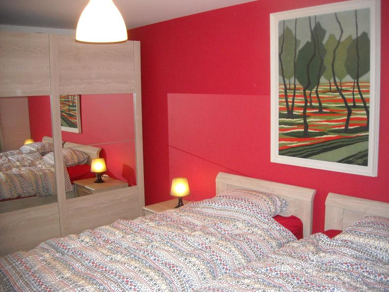 2 bedroom apartment 4/6 people at center of Bruges - Image 1 - Bruges - rentals