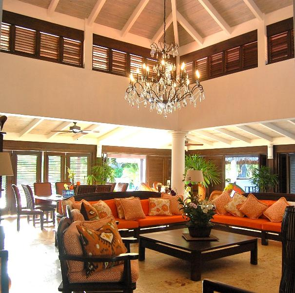 Living Space completely opens up to pool area - 6 Bedroom Home/ Casa de Campo/ Close to Beach ! - La Romana - rentals