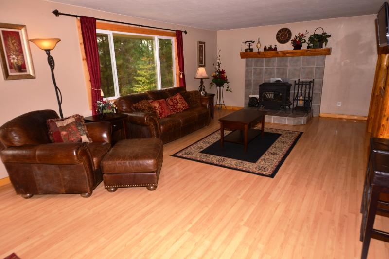 Payette River Cabin - Sleeps 19 - Near to Downtown - Image 1 - McCall - rentals