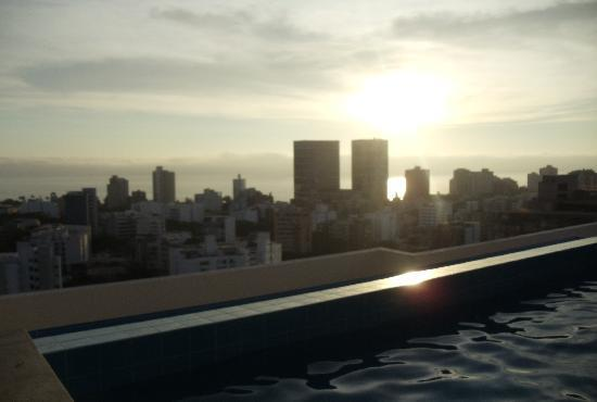 INDULGE IN LUXURY WITH MIRAPARTMENT STYLISH  CONDO - Image 1 - Lima - rentals