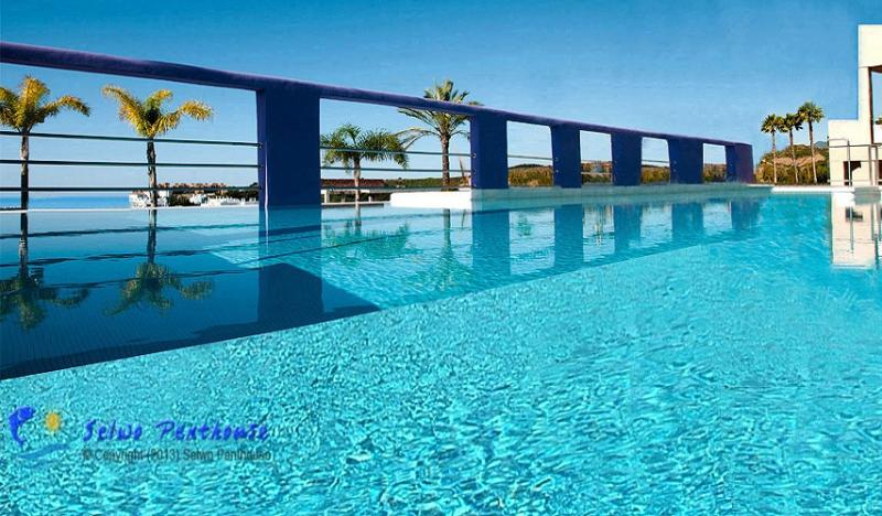 THE INFINITY POOL - Luxury 2 bedroom penthouse in Andalusia - Estepona - rentals