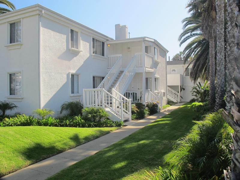 Villa Blanca - Charming Apartment with the beach at your doorstep - Pacific Beach - rentals