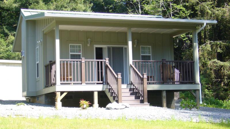 Cottage #5, the Eagles View - The Golden Eagle Cottages: 5 - Trinidad - rentals