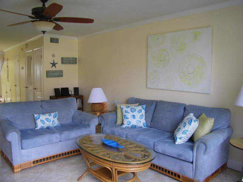 Living Room with Queen Size Sleeper Sofa - Summerhouse*5*Star Ocean Condo-RENT FOR SPRING NOW - Saint Augustine - rentals