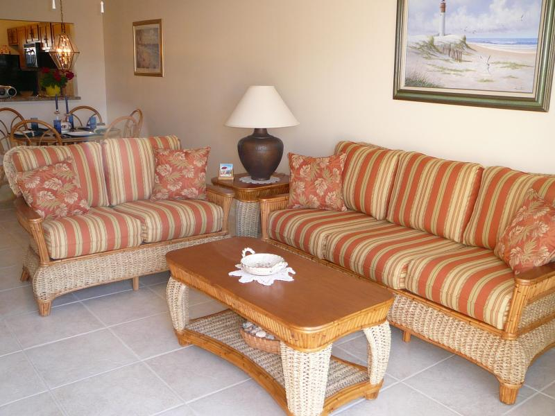 Living Room and Dining Room - St.Augustine Executive Condo-Rent for Spring Now - Saint Augustine - rentals