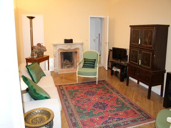 Cosy 1BR Rue de Richelieu in city heart apt #971 - Image 1 - Paris - rentals
