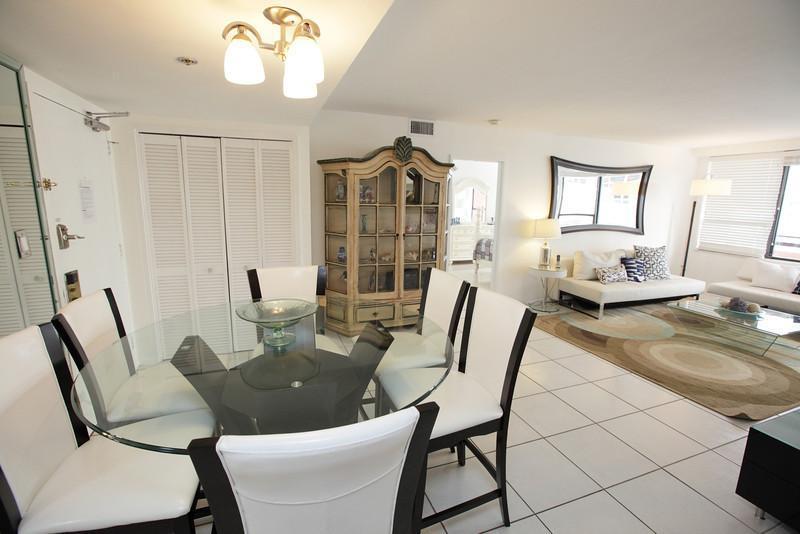 Deluxe Signature Suite - 2 bed/2 bath - Suite 1007 - Image 1 - Miami Beach - rentals