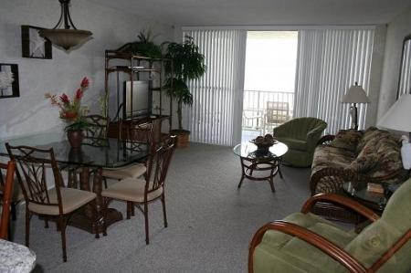 Living and Dining Area -  - World - rentals