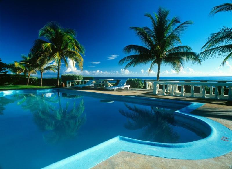PARADISE PTN - 436284 - TRADITIONAL STYLE 4 BED OCEANFRONT VILLA - OCHO RIOS - Image 1 - Ocho Rios - rentals