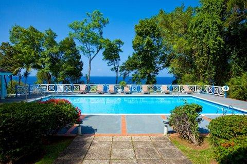 PARADISE PFP - 43734 - SPACIOUS | 4 BED | OCEANFRONT | 4 BEDROOM VILLA | OCHO RIOS - Image 1 - Ocho Rios - rentals