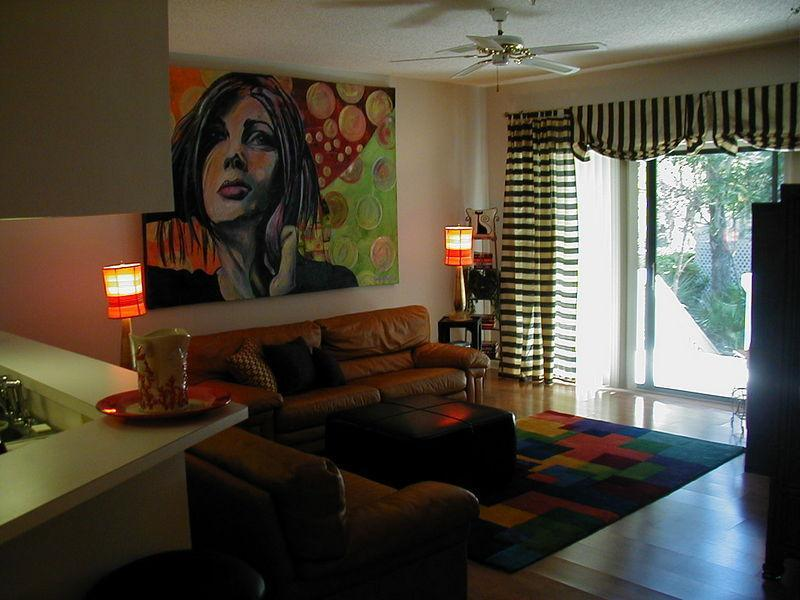 Spacious living room - 2 large sofas, patio doors onto the back deck.  Relax and enjoy! - Weeks in April, May and July still available! - Hilton Head - rentals