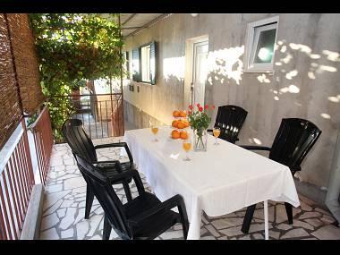 A1(5+1): terrace - 5521  A1(5+1) - Okrug Gornji - Okrug Gornji - rentals