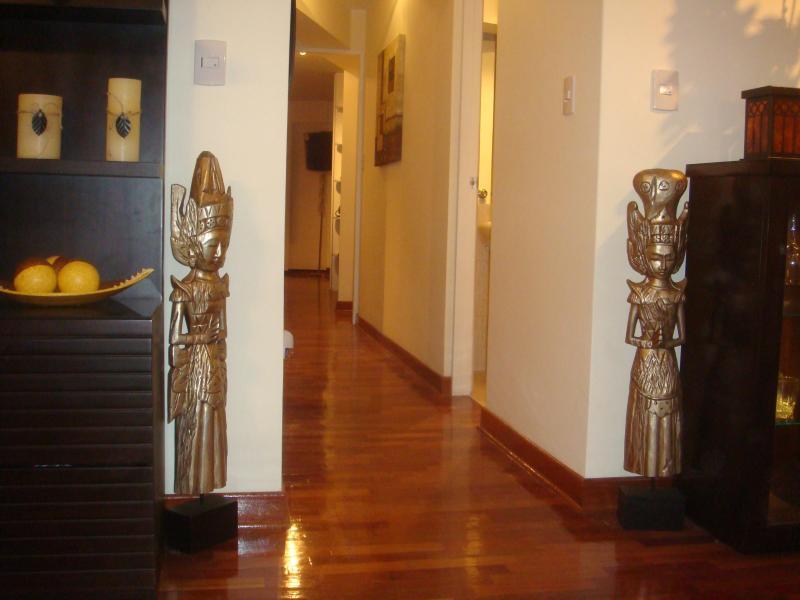 Stunning Luxury Condo Luxury Living Prime Location - Image 1 - Lima - rentals