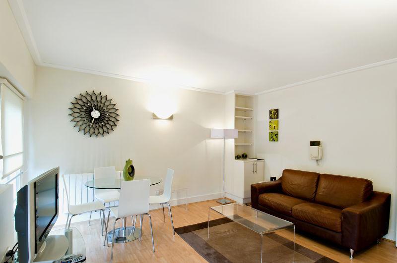One bedroom - reception room - Globe Apartments - Albert Street, Camden - London - rentals
