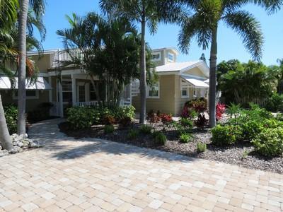 Exterior New - Sunfish - 104 55th St - Holmes Beach - rentals