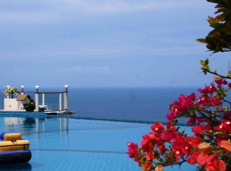 Infinity edge pool - THONG NAI PAN ESTATE B. LUXURY OCEAN VIEW VILLAS - Baan Tai - rentals