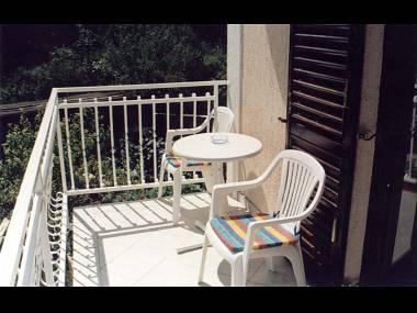 Rozi (2+2): terrace - 5533 Rozi (2+2) - Malinska - Malinska - rentals