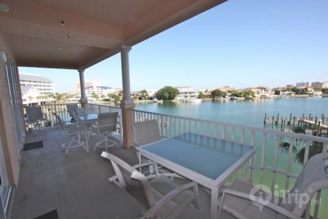 303 Harborview Grande - Image 1 - Clearwater Beach - rentals