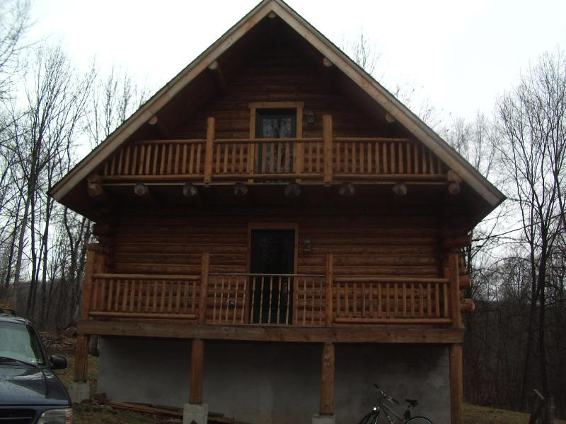 This is the back of the home when you drive up - Tiffanys Haven/  Rent home weekend 335.00 summer - White Haven - rentals