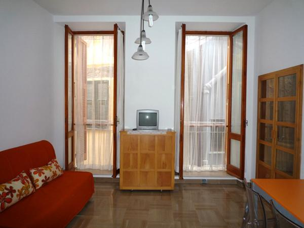 living room - Clean, Charming Vernazza Apartment Cinque Terre - Vernazza - rentals