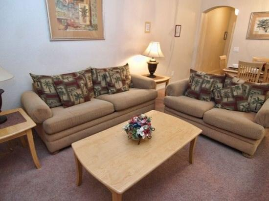 Living Area - RP4T316CA 4 Bedroom Gated Townhouse - Davenport - rentals