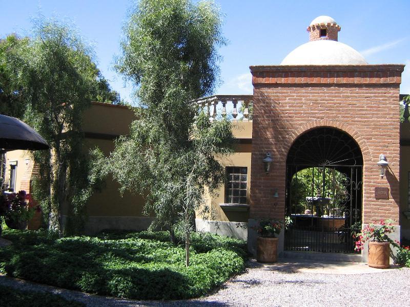 WELCOME TO OUR HACIENDA - La Hacienda...a unique vacation experience.    . - Todos Santos - rentals