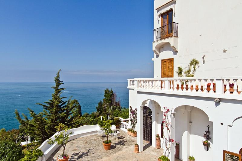 Villa Blanca - Image 1 - Praiano - rentals